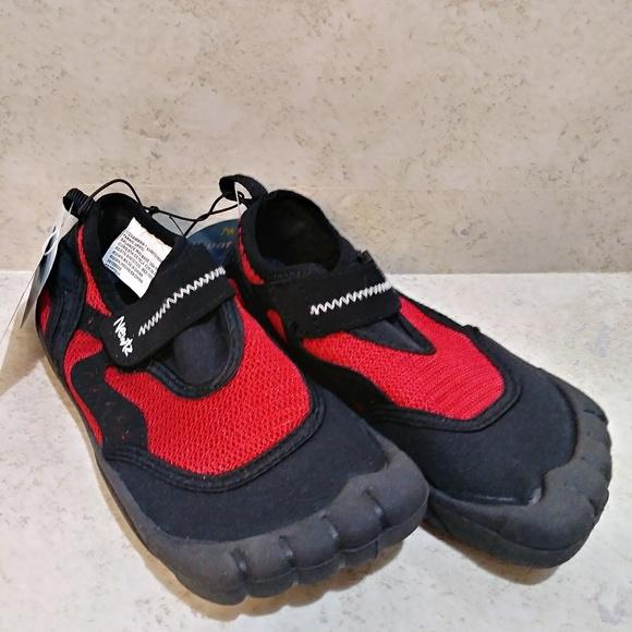 NWT Gymboree Boys Navy Blue Water Swim Shoes Toddler 6,8